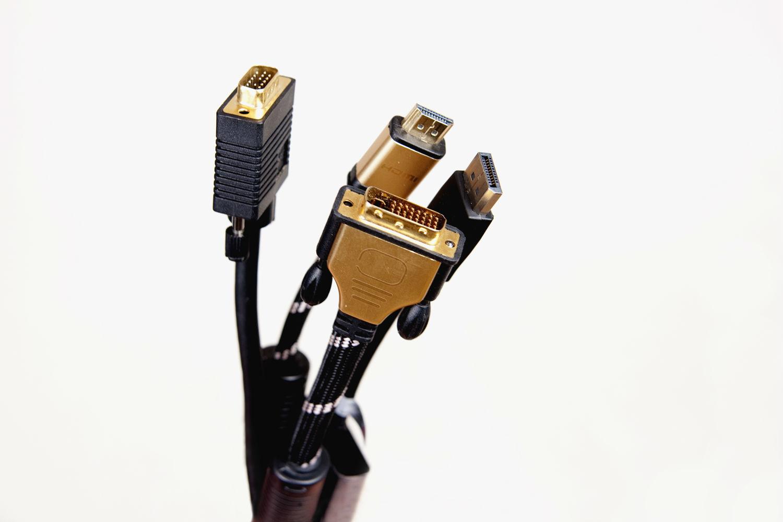 VGA vs HDMI vs DVI vs Display Port vs